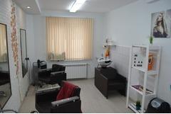 Продам салон-парикмахерскую в микрорайоне Сухарево