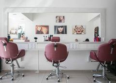 Продается сеть (три) парикмахерских в Беларуси