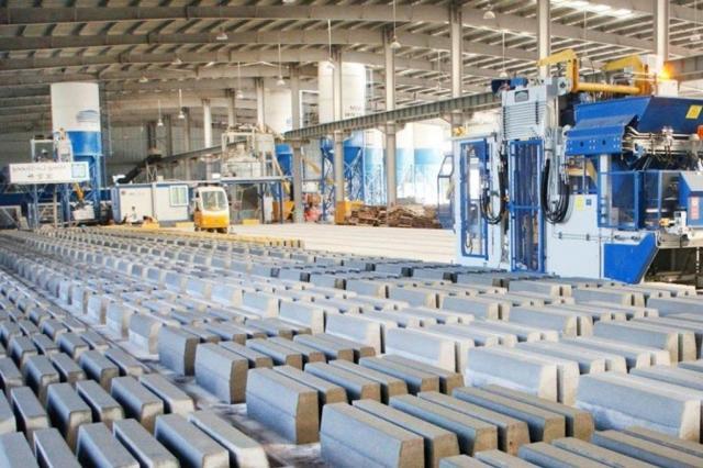 Работающий завод по производству декоративного камня из бетона и гипса