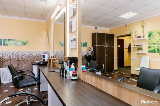 Продается парикмахерская в районе Парка Челюскинцев